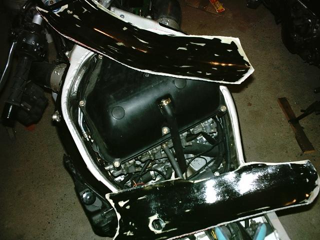 Préparation de la saison piste 2008 ( ZX6R 98 et 99 inside ) - Page 4 IMAG0550