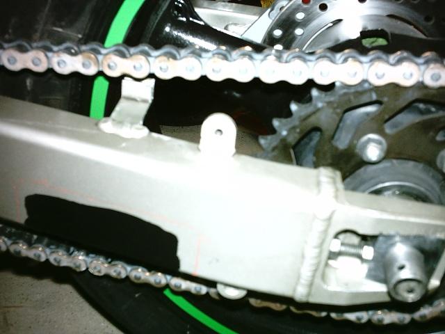 Préparation de la saison piste 2008 ( ZX6R 98 et 99 inside ) - Page 4 IMAG0552