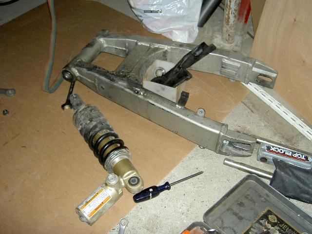 Préparation de la saison piste 2008 ( ZX6R 98 et 99 inside ) PICT3032