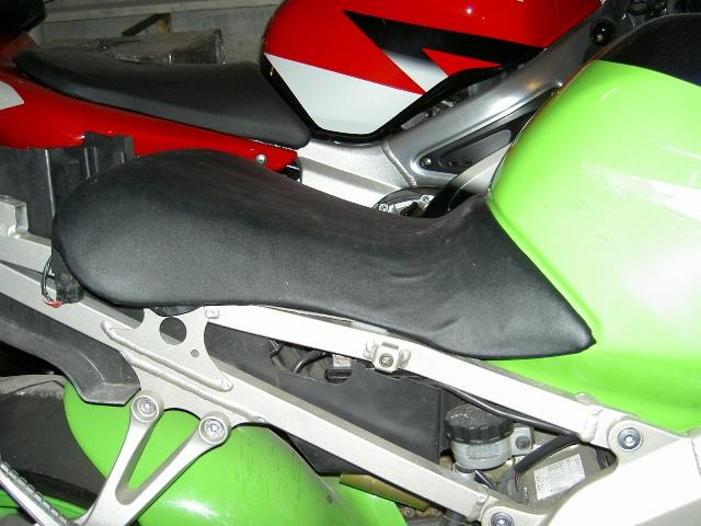 Préparation de la saison piste 2008 ( ZX6R 98 et 99 inside ) PICT3035