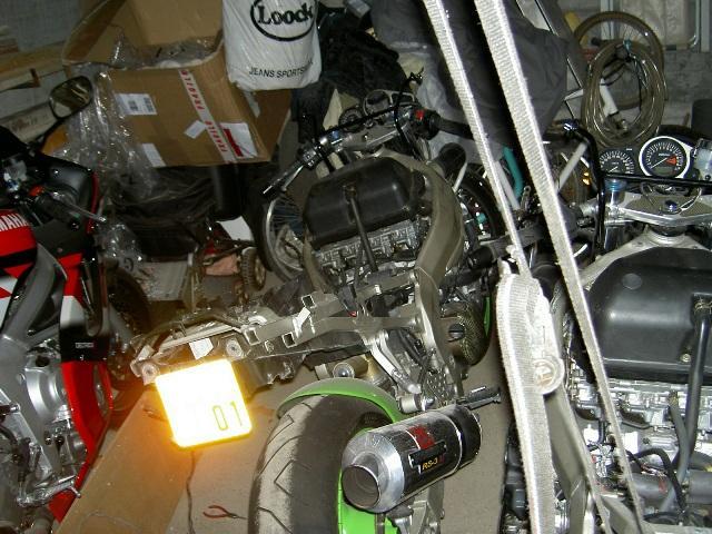 Préparation de la saison piste 2008 ( ZX6R 98 et 99 inside ) PICT3198